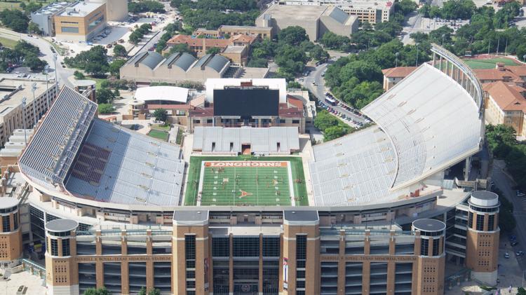 UT seeks construction firm for Darrell K  Royal-Texas