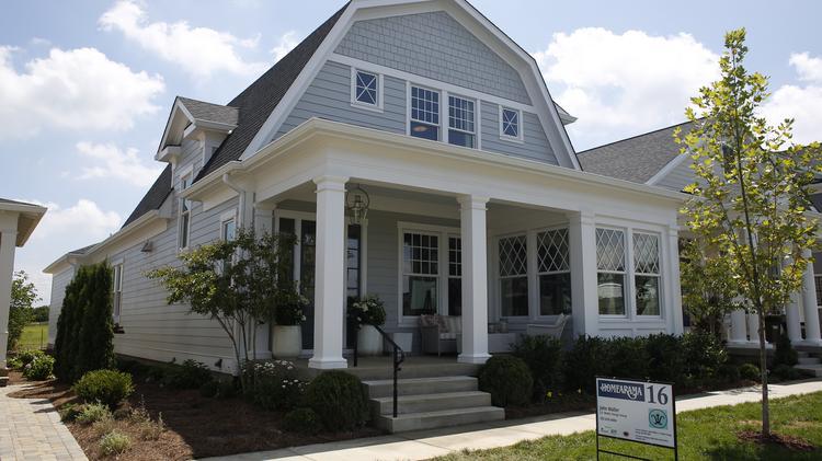 House 16: Exterior