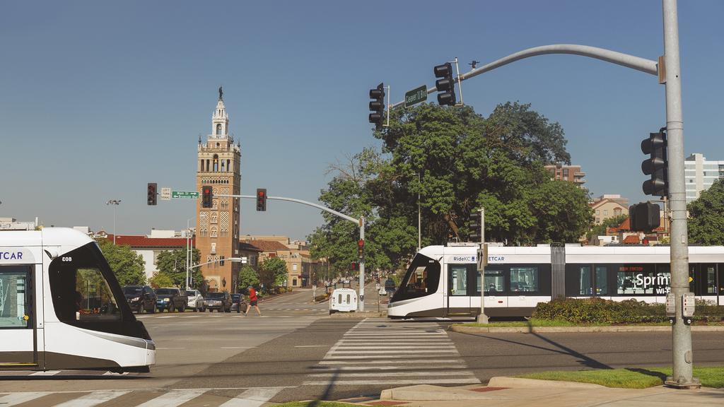 Streetcar Opponents Attempt To Derail Expansion Vote With