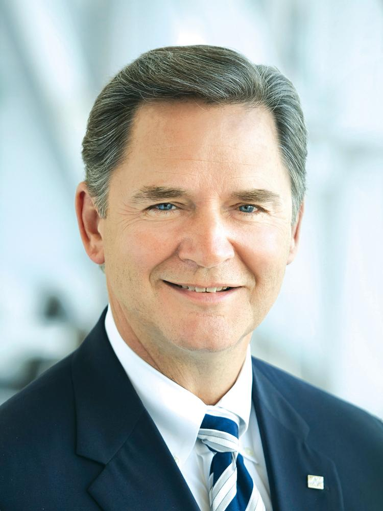 New fiduciary rules slow Edward Jones' revenue, profit ...
