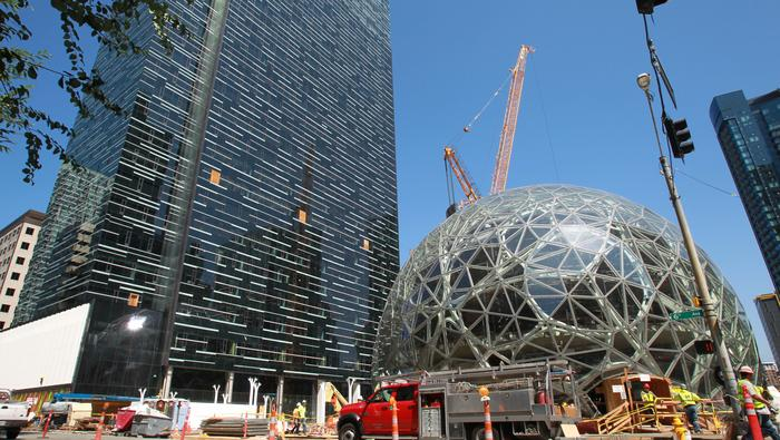 Should Boston or Massachusetts offer tax incentives to lure Amazon's HQ2?
