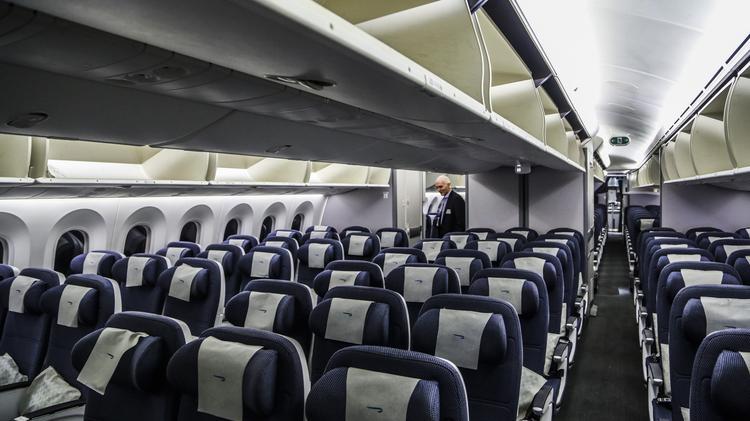 Bwi Welcomes Boeing S 787 Dreamliner Take A Peek Inside