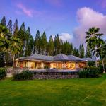 Home of the Day: A Golfer's Paradise Overlooking the Sea