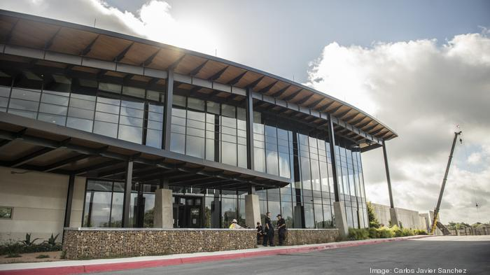 With more companies moving to the cloud, Austin jockeys with San Antonio for data centers