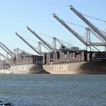 Longshoremen in labor-contract negotiations with West Coast ports