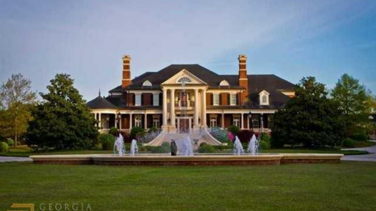 Tour Of Homes 5200 Moore Road Suwanee Atlanta Business Chronicle