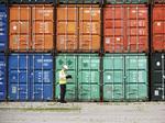 Bankrupt Korean shipper given okay to unload stranded vessels