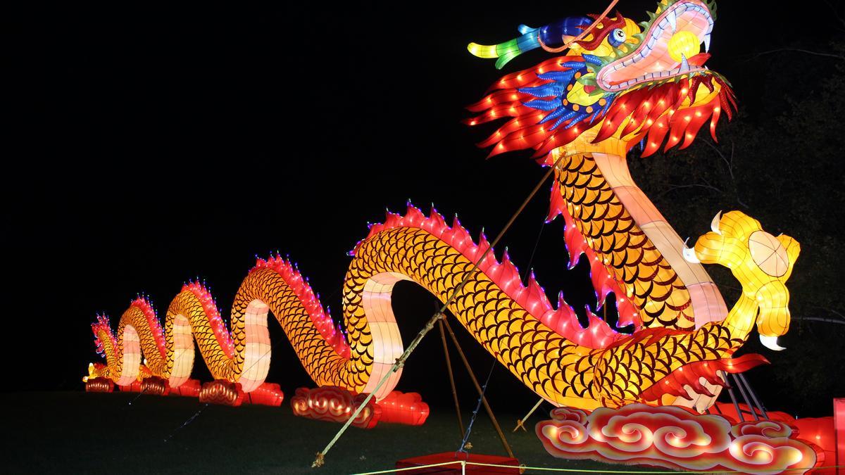 Popular Chinese Lantern Festival Returns To Whitnall Park Milwaukee Business Journal