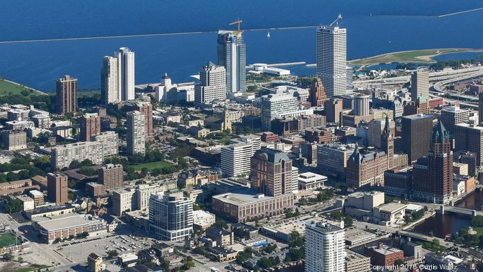 Downtown Milwaukee affordable housing requirements plan tabled for more discussion