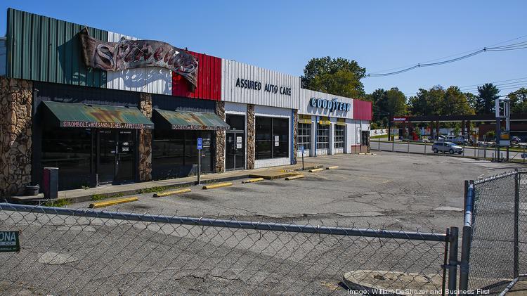 Wichita Auto Plaza >> McMahan Group updating retail center at Westport, Goose