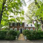 Man the battlements! This Alexandria home with Civil War defenses is now on the market