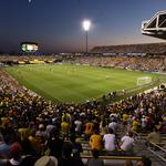 Columbus officials, Crew soccer team owner remain at odds after meeting