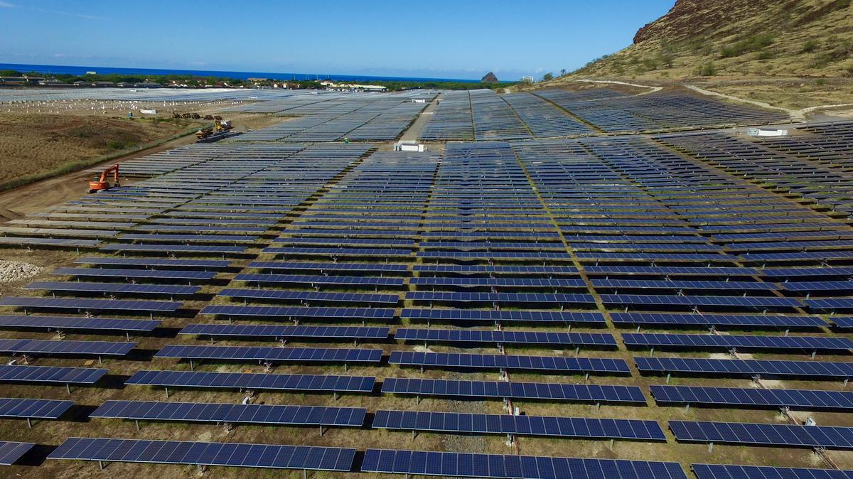 Mid State Toyota >> Hawaii's largest solar farm now operational in West Oahu ...