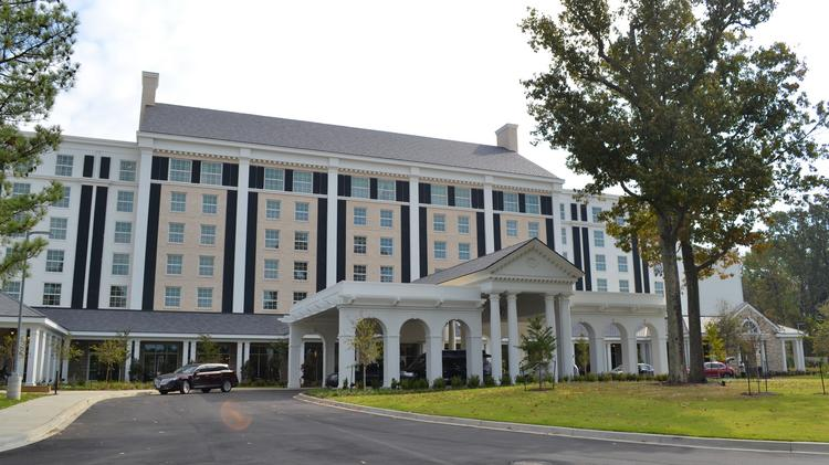 The Guest House At Graceland A 450 Room Hotel Near King S Mansion Made