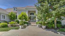 Extraordinary Hallbrook Home