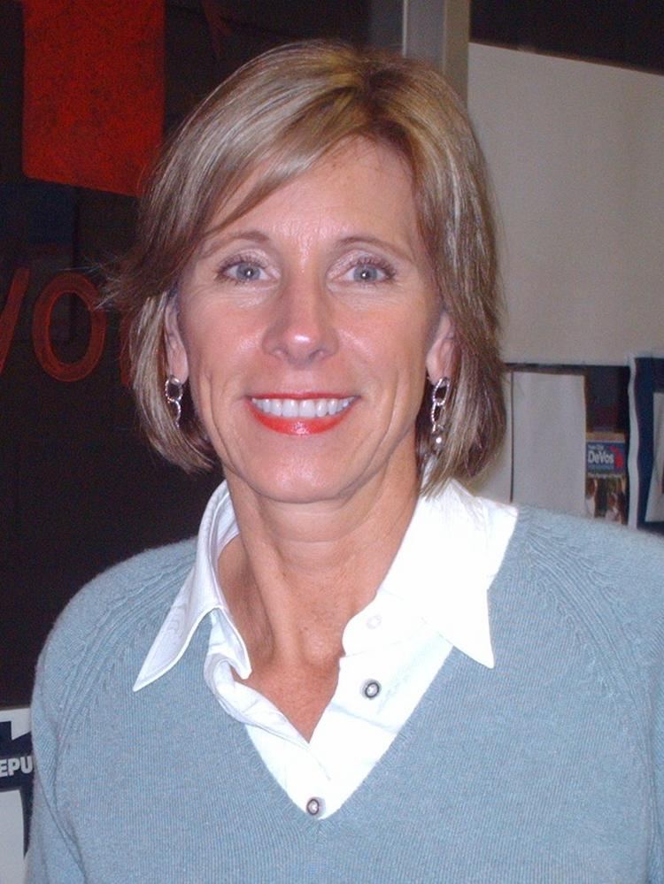 Trumps Education Pick Says Reform Can >> Donald Trump S Education Nominee Betsy Devos Owes 5m To Ohio