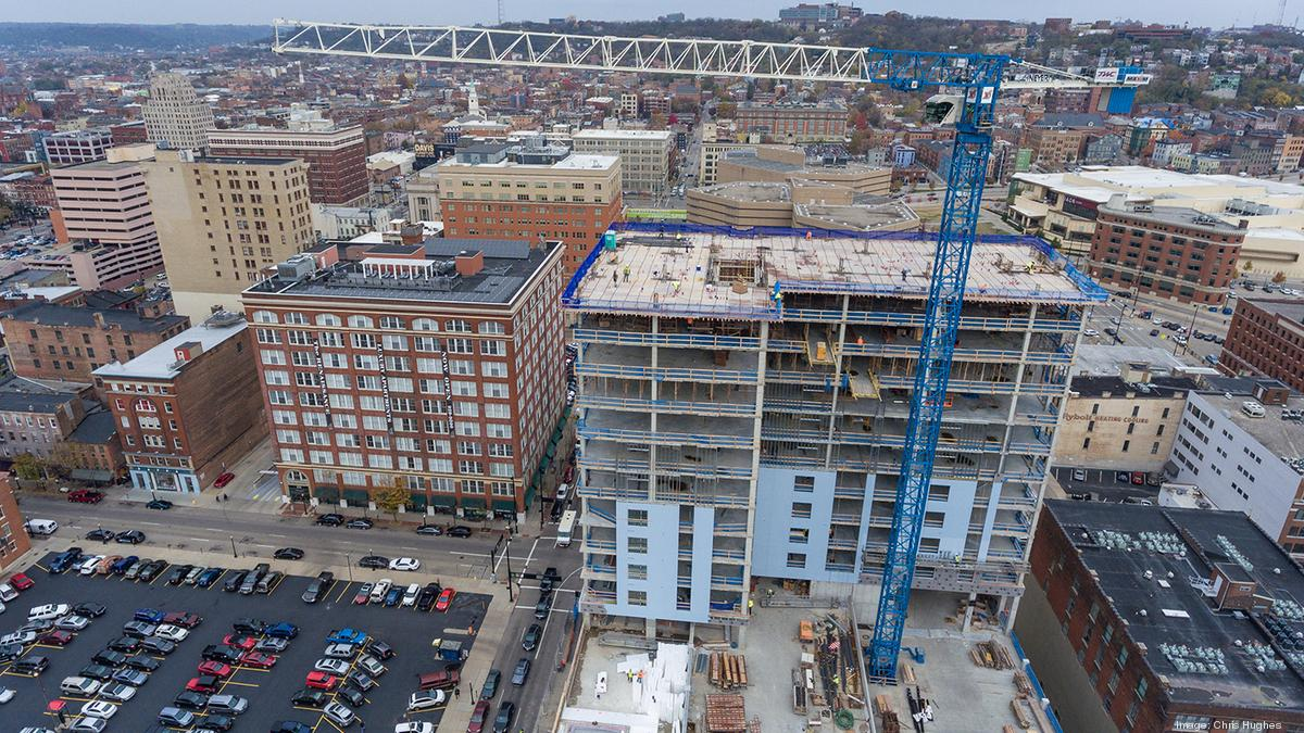 Tower Crane Nashville : I tried it climbing downtown cincinnati s foot tower