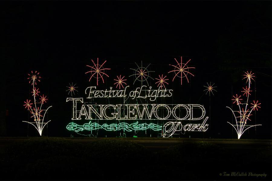 tanglewood-festival-of-lights-2*900xx1449-966-1-0.jpg