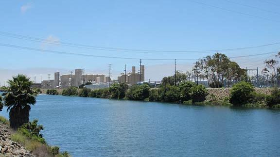 AES wants to build world's largest battery facility in Long Beach