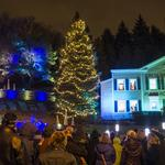 MillerCoors holiday display lights up the valley