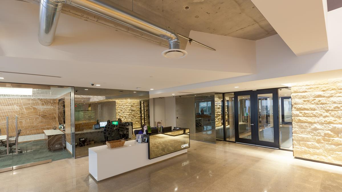 Cool Offices Cbre S Lasalle Plaza Workplace Enhances