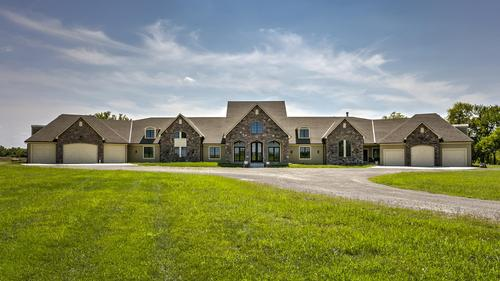 Amazing Home on 28 Acres!
