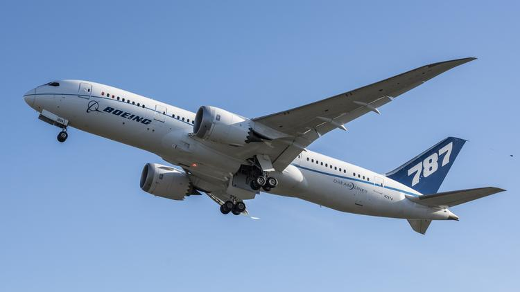 Boeing Tests New Rolls Royce Engines For Dreamliner 787 10