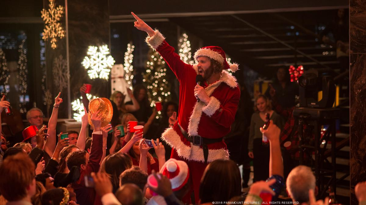 Office Christmas Party\' is an HR nightmare — movie review - L.A. Biz