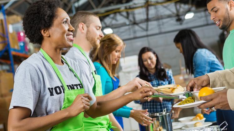 volunteers in feeding program