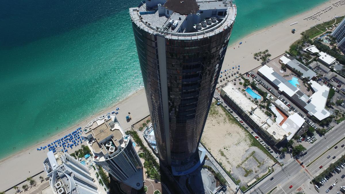 Brazilian Investor Jose Ferreira De Oliveira Pays 10 5m For Condo In Porsche Design Tower