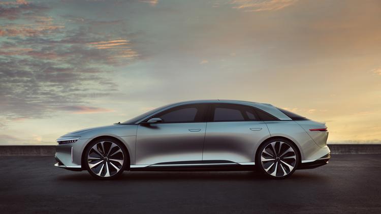 Automotive Minute Lucid Motors Debuts Luxury Ev Set To Take On Tesla