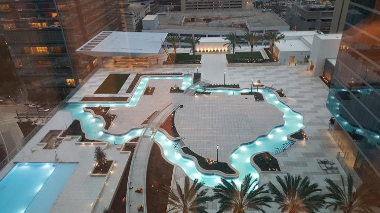 The Hotel S Crown Jewel A Texas Shaped Lazy River At Marriott Marquis