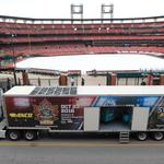 Winter Classic trucks roll into St. Louis (Photos)