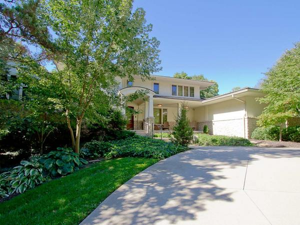 Contemporary Leawood Estates Home!