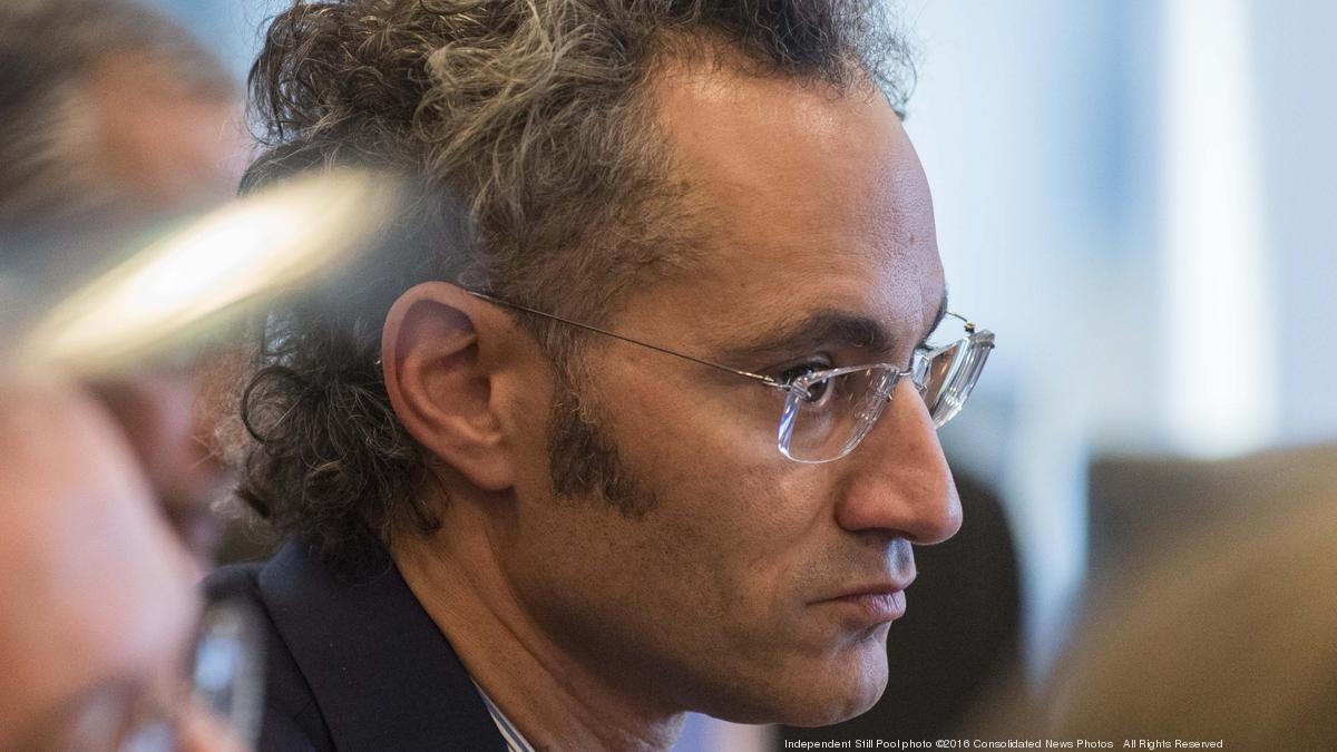 One of Palantir's earliest investors could see its 2 5M shares
