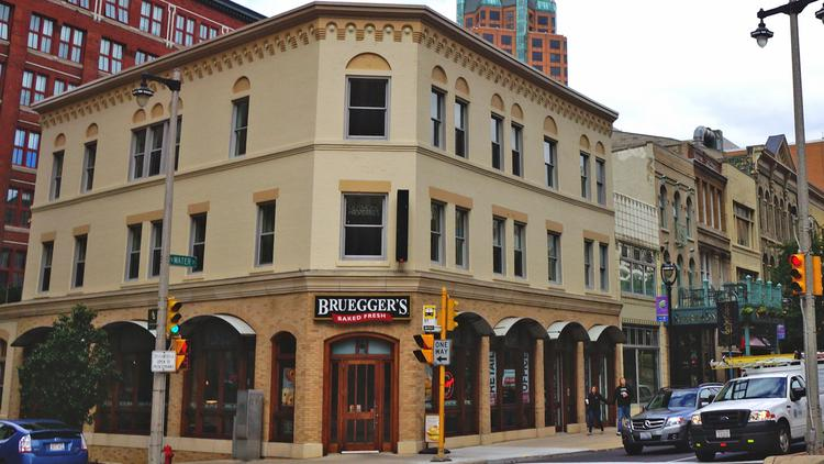 The Bruegger S E On North Water Street Is Being Eyed By Restaurant Operators