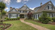 Nantucket Style Home in The Palisades