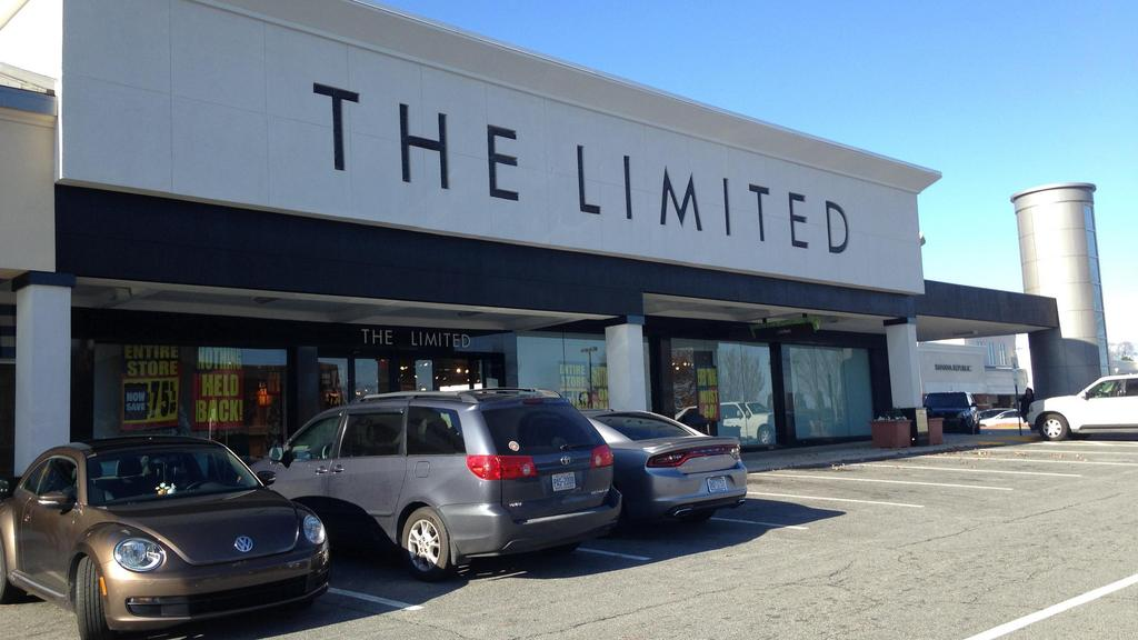 Retail: New sizes for Stitch Fix; The Limited lives on