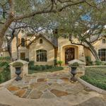 Home of the Day: Exquisite Home in Bentley Manor