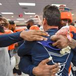 Denver Broncos head coach Kubiak steps down