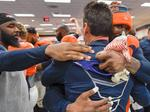 Denver Broncos head coach Kubiak steps down