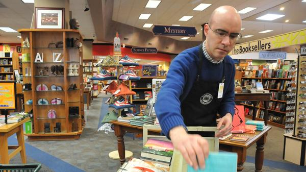 Petition  Neil Van Uum Save Booksellers At Laurelwood From