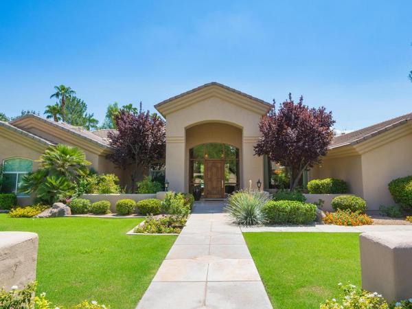 Lovely Soft Contemporary in Lush Green Guard Gated Community of Equestrian Manor