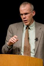 A talk with <strong>Bill</strong> <strong>McKibben</strong> on Keystone, divesting and mixing oil and honey