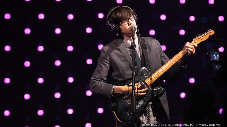 Car Seat Headrest Lead Singer And Guitarist Will Toldeo Plays With His Band In A Live