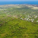 1,000-acre Hawaii golf course community is up for sale
