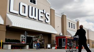 Stock dips as Lowe's misses the mark on earnings
