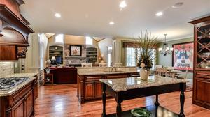 Stunning home in East Cobb/Roswell!