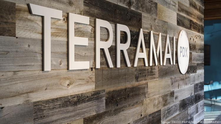 Huge reclaimed wood supplier cracks open portland showroom for Reclaimed wood oregon