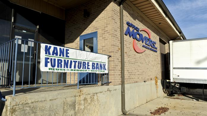 Kane trustee proposes auction for mover's trailers, trucks and other equipment
